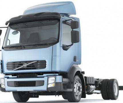 Стекло лобовое грузовых авто вклеиваемое замена